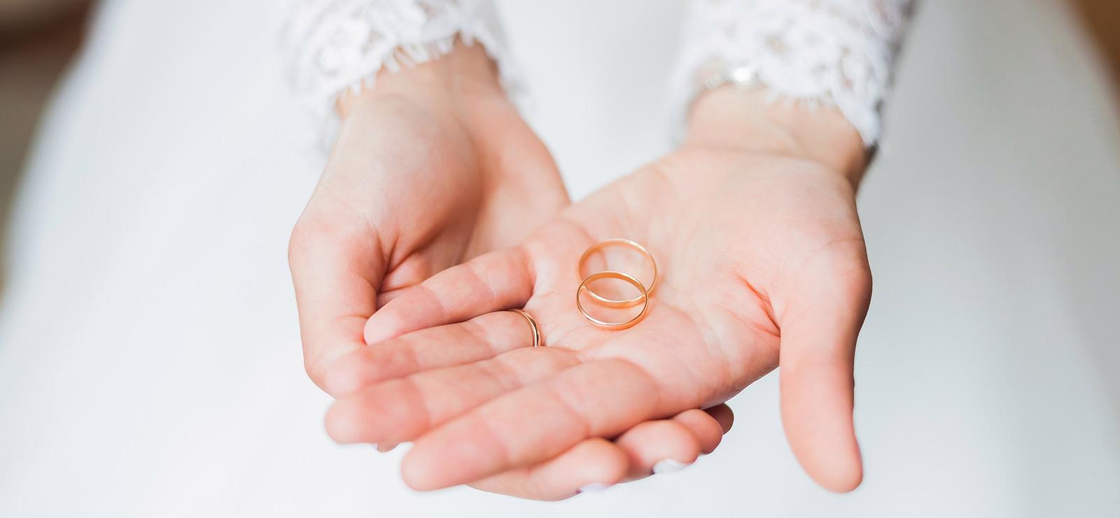 占いで結婚の時期を言い当てられた話。18歳のときの占いが当たった!