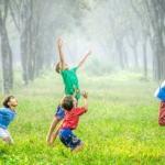 子供はいまここを生きる先生。子供から大人へ。大人から子供へ。