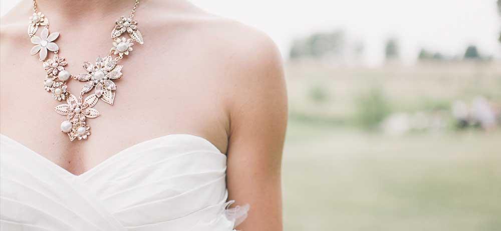 恋愛運、結婚運、愛情運をアップしたい人へ。おすすめのパワーストーン。