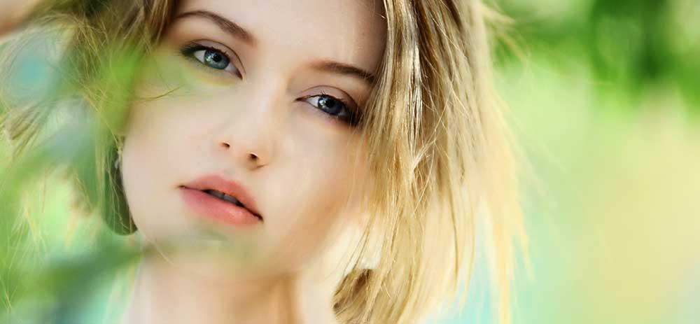 緑色のオーラの人の特徴や意味を徹底解説。性格・人生傾向・恋愛傾向・課題などのオーラ診断。