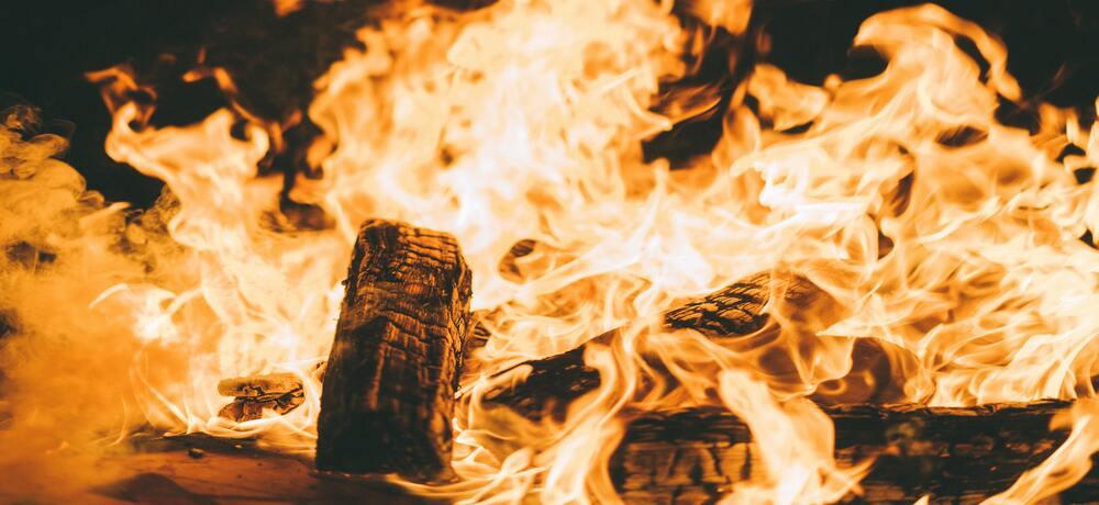火事の夢は幸運の暗示?