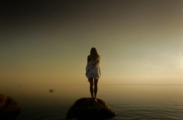 【夢占い】追われる夢・追いかけられる夢の意味