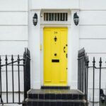 【開運夢占い】ドアや扉の夢の意味は?閉まらない・壊れる・ガチャガチャなど